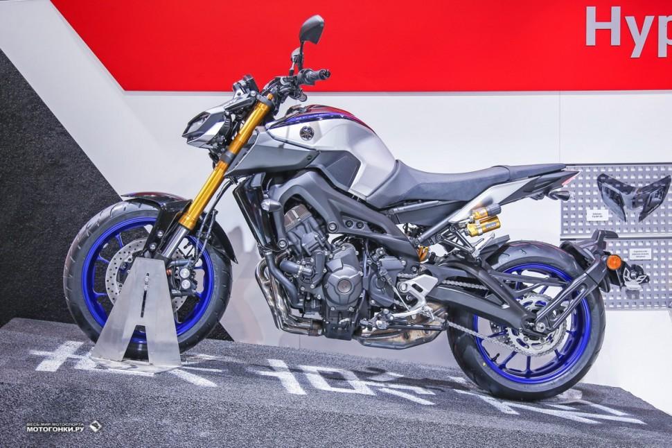 Миланский Мотосалон EICMA-2017: Yamaha MT-09 SP (2018)