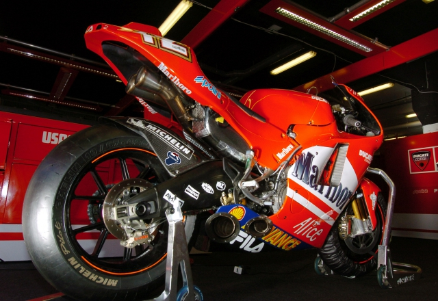 Ducati Desmosedici GP04, Twin Pulse
