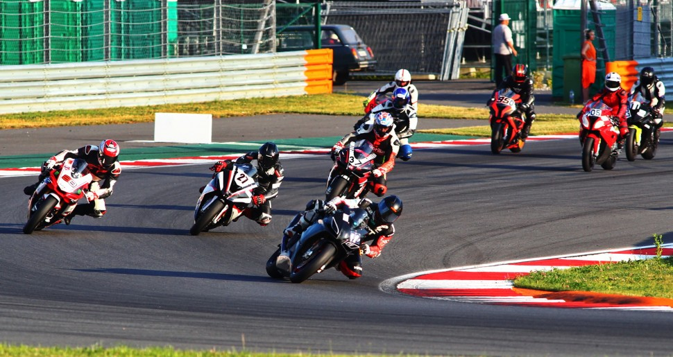 Старт гонки Кубка TRD Superbike Open 1000