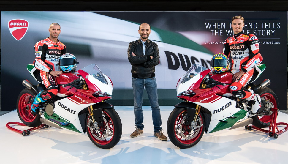Презентация гипербайка Ducati 1299 Panigale R Final Edition на этапе WSBK в Laguna Seca