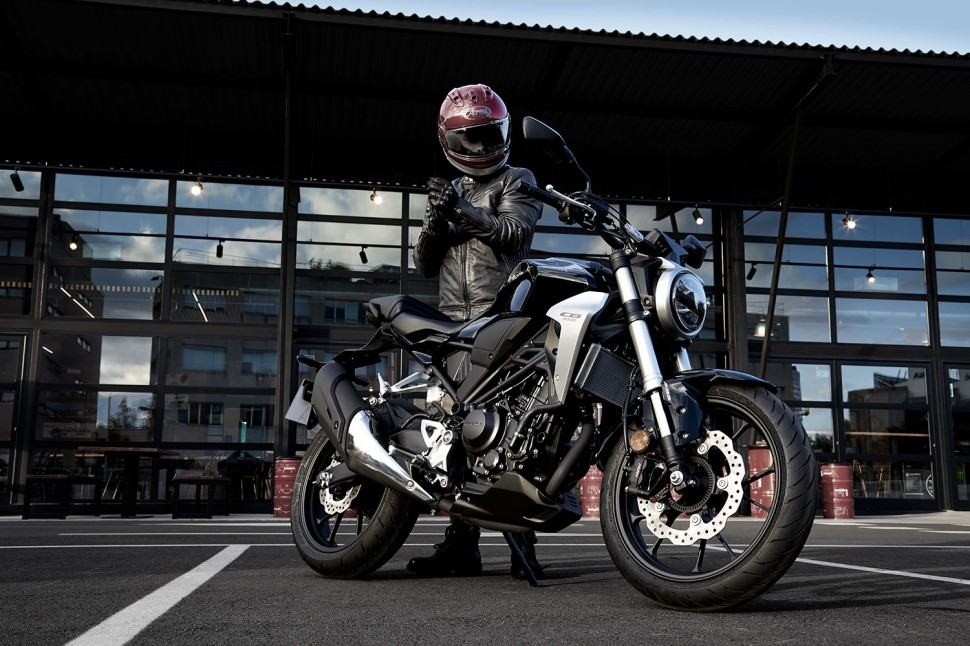 Honda CB300 Neo Sports Cafe