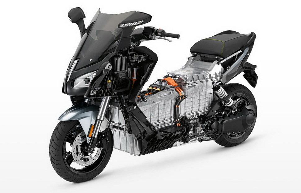 Серийный электроскутер BMW C Evolution