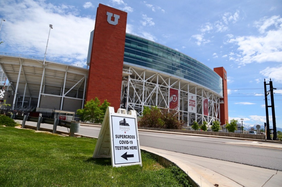 Rice-Eccles Stadium в Солт-Лейк-Сити стал домом для 30 команд AMA Supercross