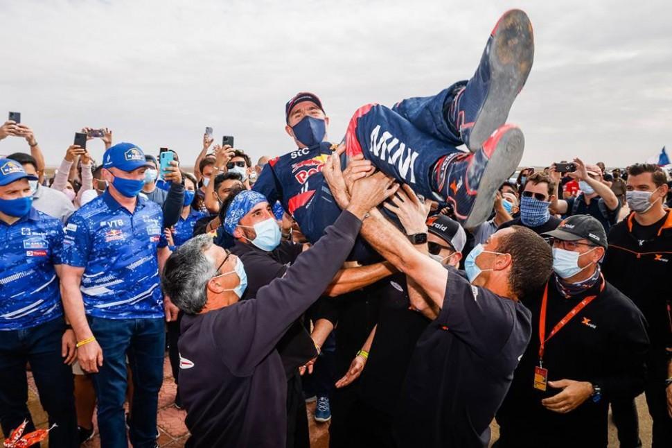 Стефан Петрансель выигрывает Дакар 2021 в классе CAR