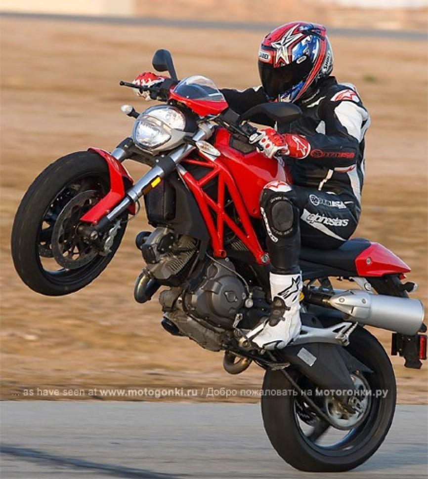 тест драйв Ducati Monster 696 2009 мотогонкиру