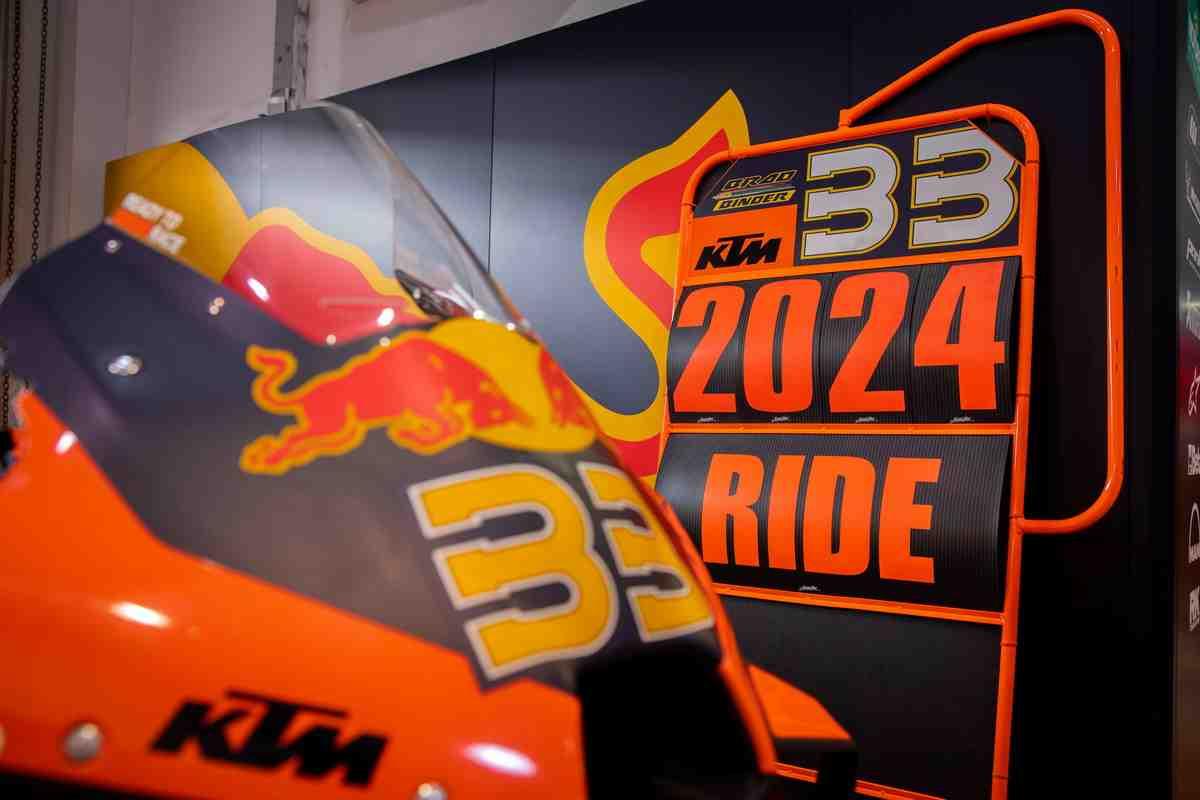 Брад Биндер получил продление контракта с KTM Factory Racing в MotoGP