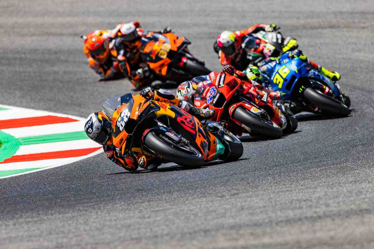 Технологии MotoGP: Что сделало KTM RC16 самым быстрым и привело на подиум в Муджелло