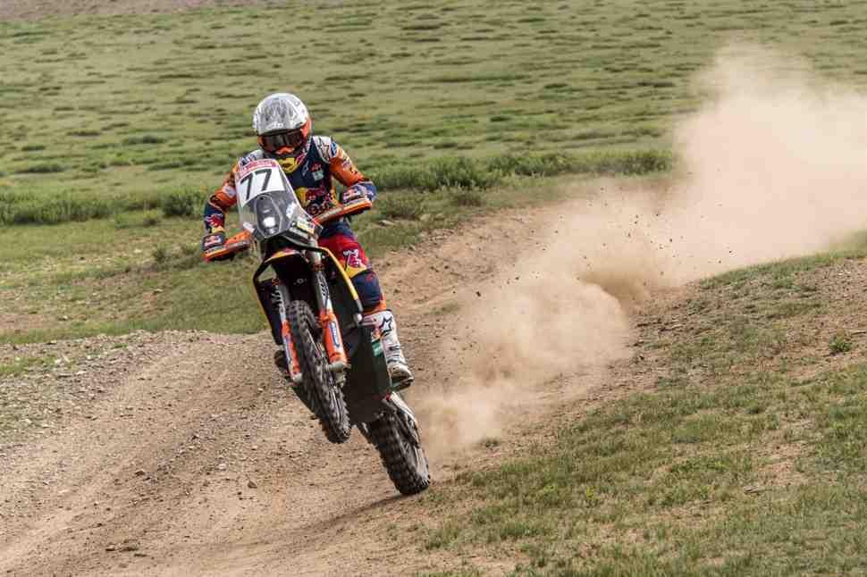 KTM делает круг почета вокруг Уланбаатора и перехватывает инициативу на Silk Way Rally 2019
