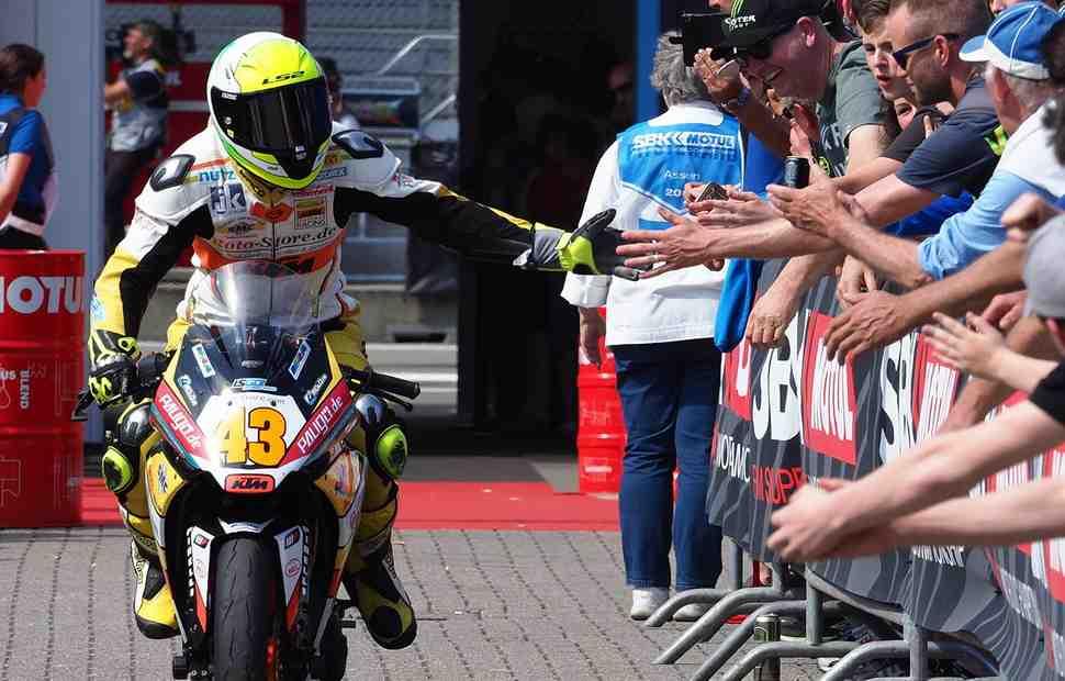 Пилот WorldSSP300 Лука Грюнвальд вернется в Moto3