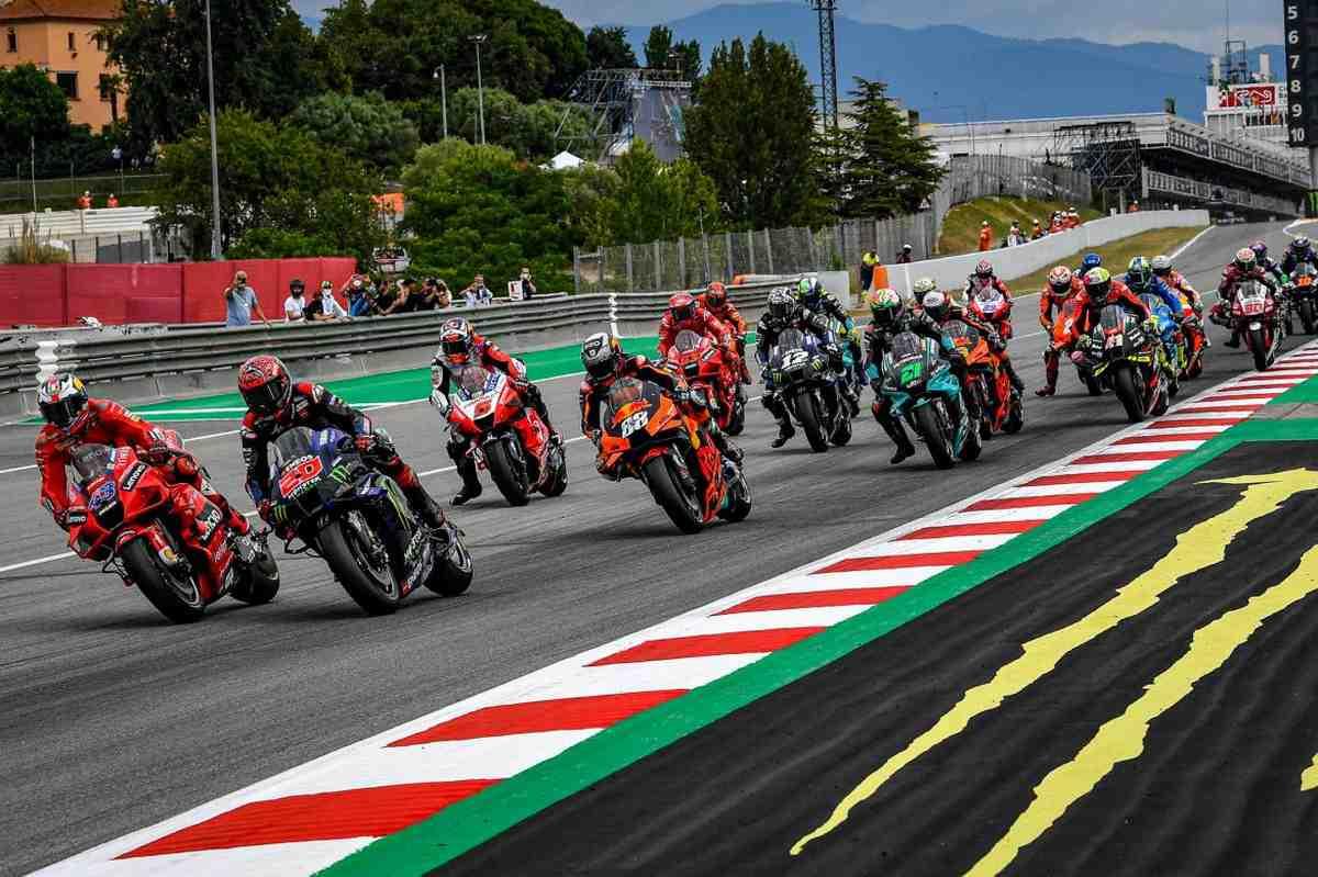 Финальная версия календаря MotoGP 2021 принята FIM и Dorna Sports