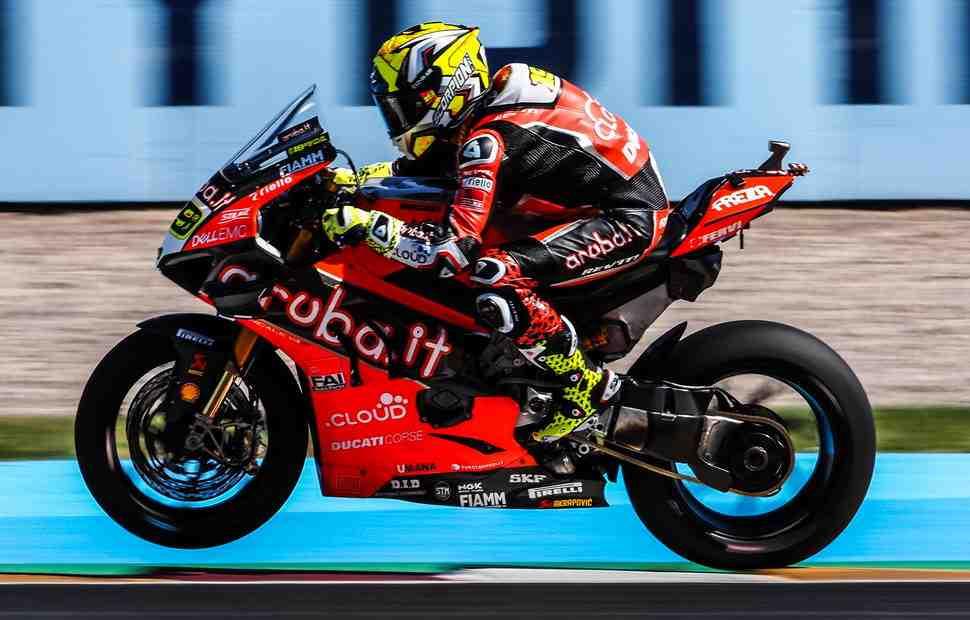 WSBK: Ducati ������������ ���-4 �� ������ �������������� ��� � ���������
