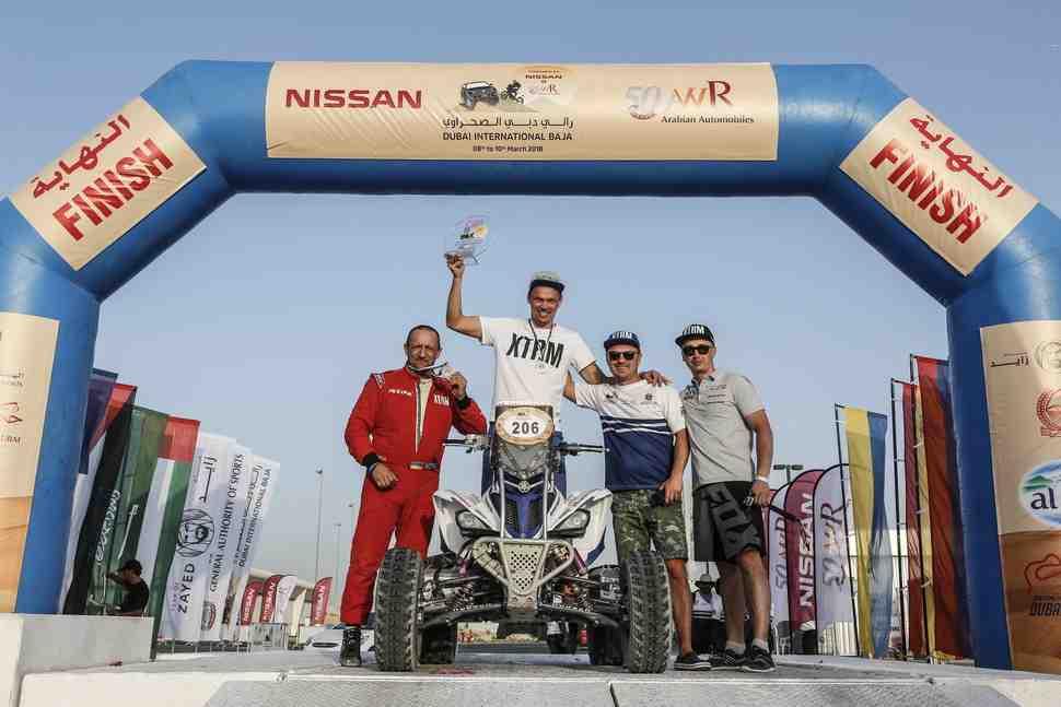 Ралли-рейды: Александр Максимов открыл сезон бронзой на этапе Кубка Мира FIM в Дубае