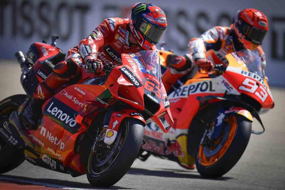 MotoGP: Гран-При Арагона в десяти фотографиях - от старта до финиша