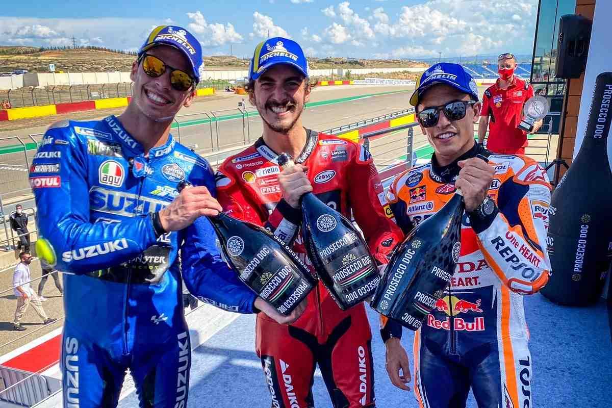 Тройка призеров Гран-При Арагона - о самой зрелищной битве MotoGP сезона 2021 года