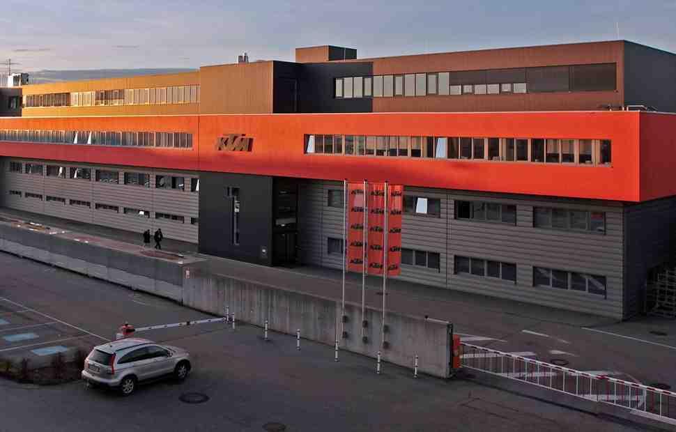 Завод KTM закрылся на профилактику