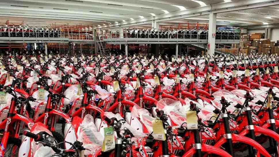Самая глупая кража: с завода Beta угнали партию недособранных кроссовых мотоциклов