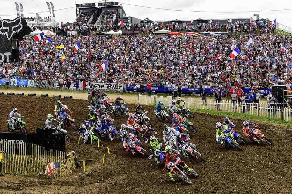 Мотокросс: Гран-При Франции MXGP - видео заездов в Saint Jean d'Angely