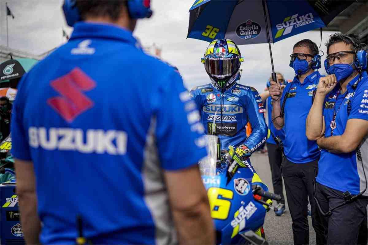 MotoGP: Team Suzuki Ecstar полгода без Давиде Бривио - наметились проблемы в коллективе