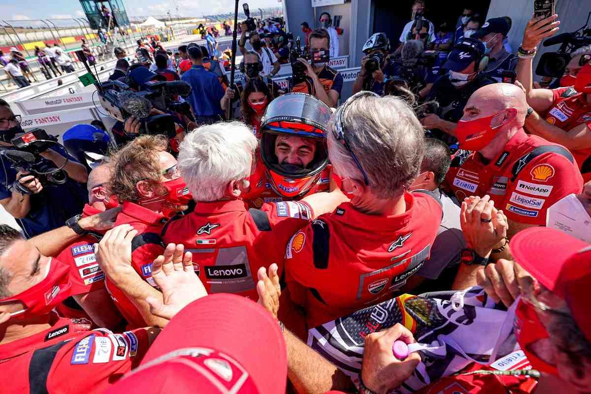 Восстание Ducati в MotoGP: Франческо Баньяя нашел идеальный баланс в управлении Desmosedici