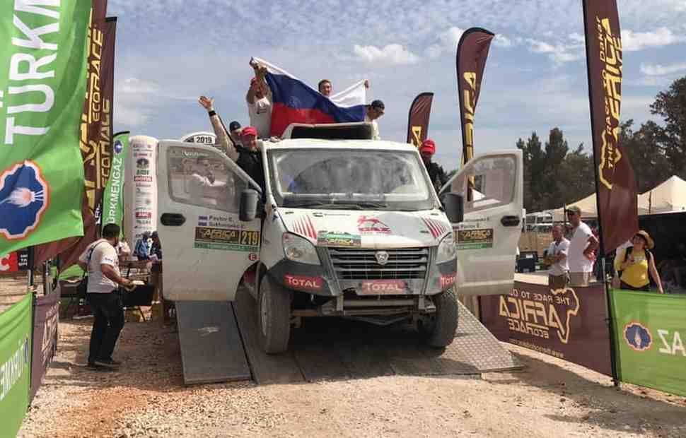 Команда ГАЗ Рейд Спорт прошла боевое крещение на ралли Africa Eco Race - есть финиш в Дакаре!