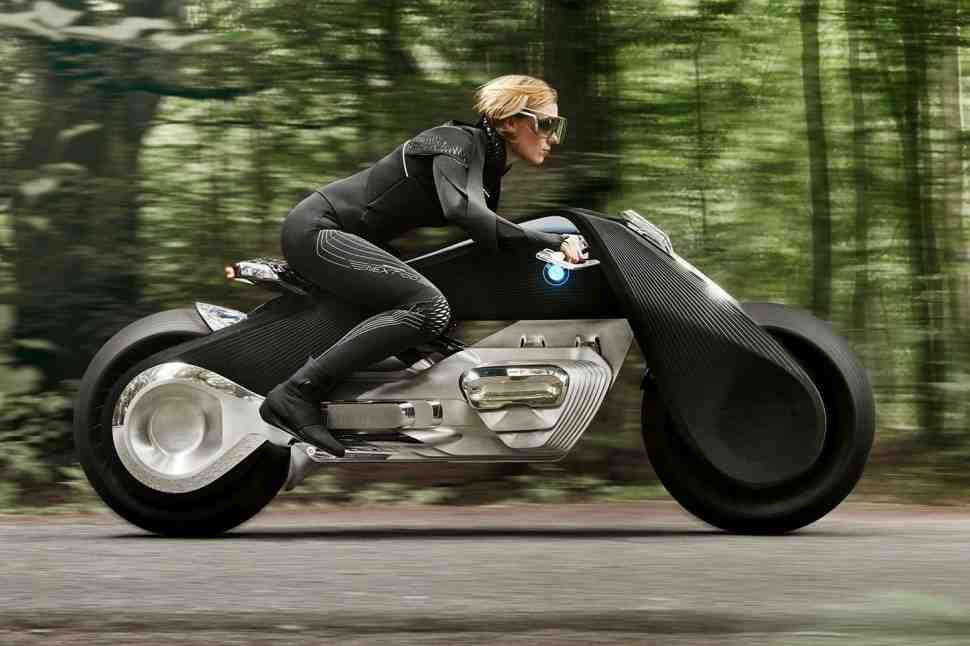 Глава BMW Motorrad пообещал, что не будет создавать электромотоциклы