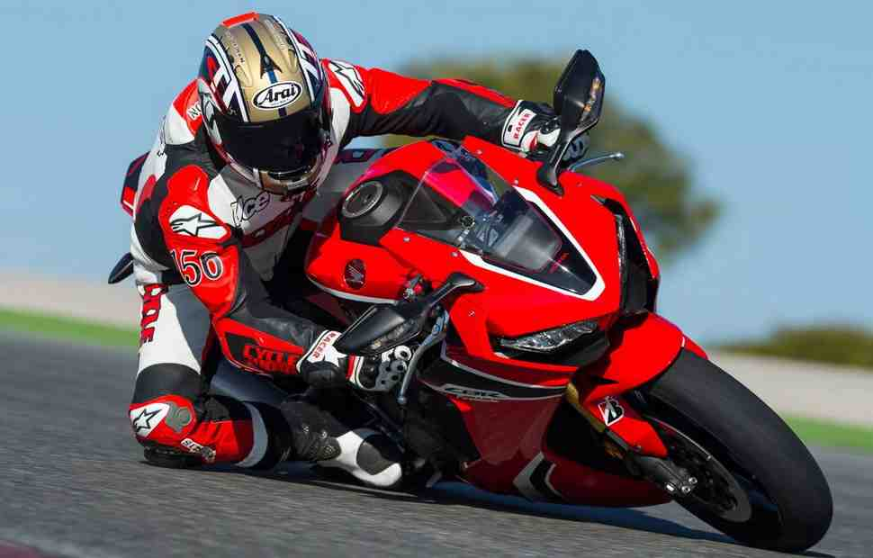 Новый патент Honda облегчит жизнь мотоциклистам-дальнобойщикам