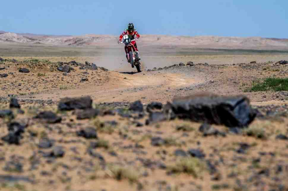 Кевин Беньявидес принес победу Honda на самом сложном пустынном этапе Silk Way Rally 2019