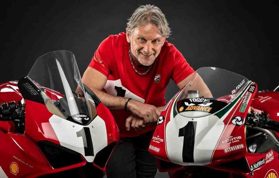 Ducati Panigale V4 25° Anniversario 916 и Yamaha YZF-R1 2020 года представлены в Laguna Seca