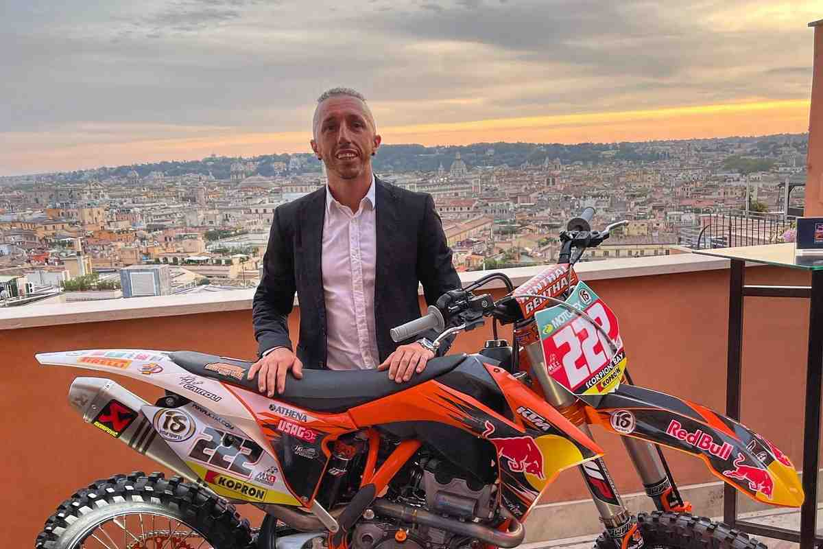 Суперзвезда мирового мотокросса Антонио Кайроли завершает карьеру в MXGP