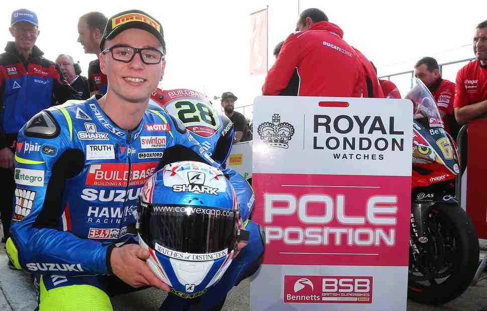 BSB: Очкарик Рэй снова впереди - теперь он выиграл поул в Brands Hatch!