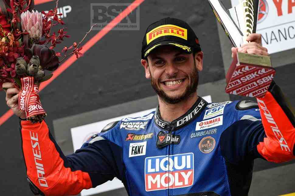 Сандро Кортези одержал первую победу в World Supersport и ввязался в схватку за титул