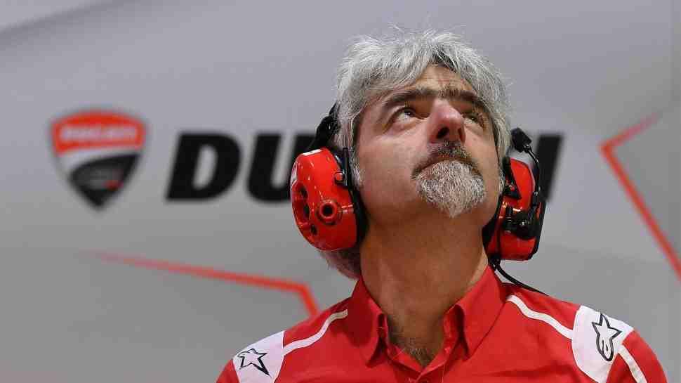 WSBK: ������ ����?���� - �� ������� � �������� � Ducati V4 R: ����� 3-4 ����� �� ������ ������...