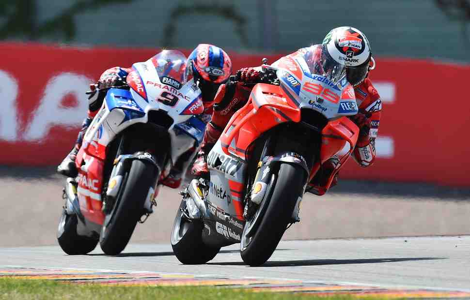 MotoGP: Петруччи vs Лоренцо - Петушиные бои на Sachsenring
