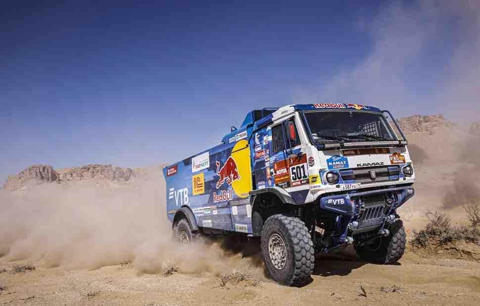 КАМАЗ стал 17-кратным чемпионом Дакара: официальные итоги ралли в категории грузовых авто