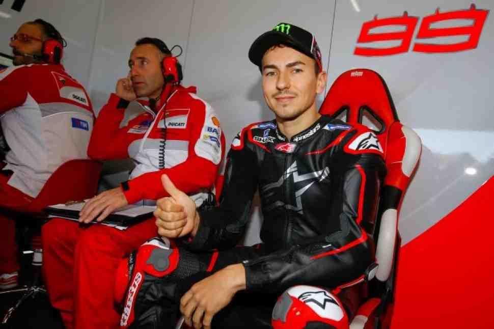 MotoGP: Лоренцо убежден, что может выигрывать гонку за гонкой c Ducati. В этом году. Узнайте, как!