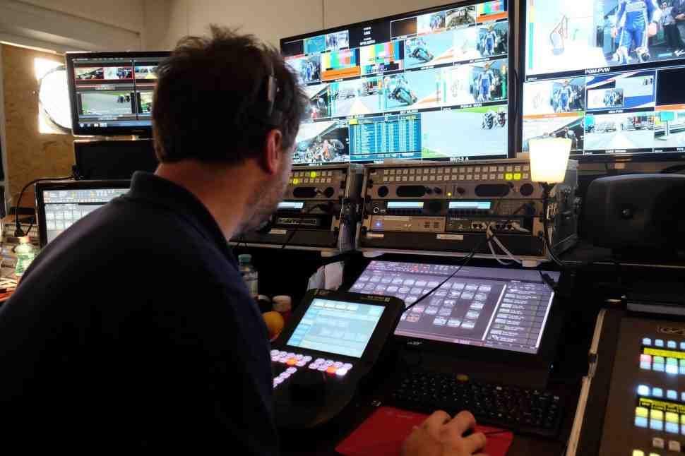 Слухи: WorldSBK может поменять формат на 3 гонки за уикенд ради телевидения