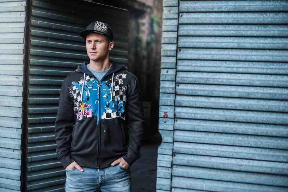 Новая коллекция одежды от КТМ: Red Bull Lifestyle