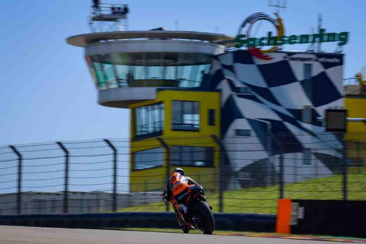 Итог первого дня GermanGP MotoGP: KTM RC16 - лидер на Sachsenring с новым рекордом скорости