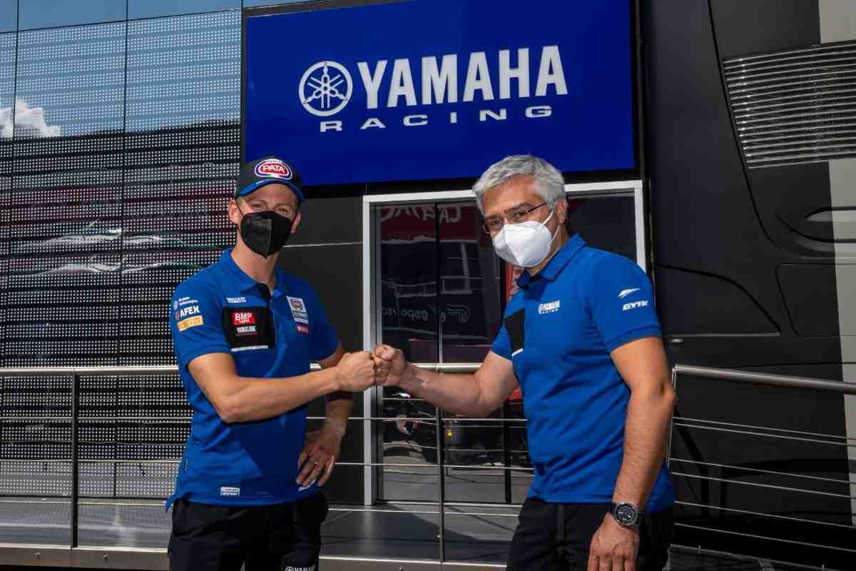 ������ ��������� �������� � PATA Yamaha WorldSBK Team ��� �� 2 ����