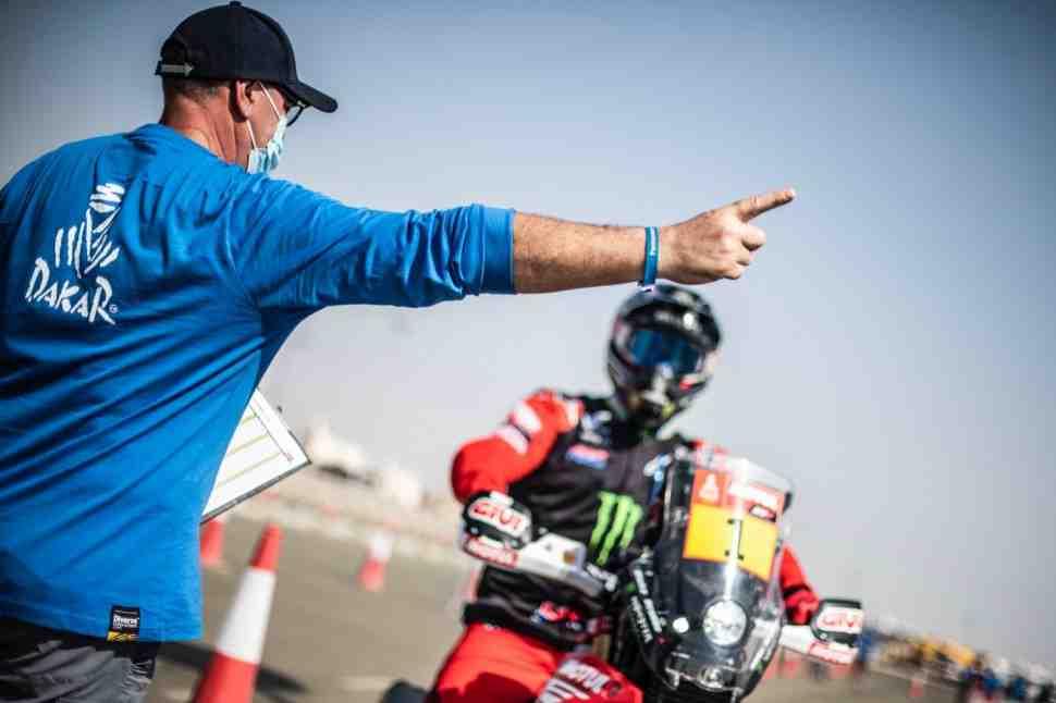 Пролог вернулся в программу ралли Дакар 2021: Хоан Барреда на Honda начал гонку лидером