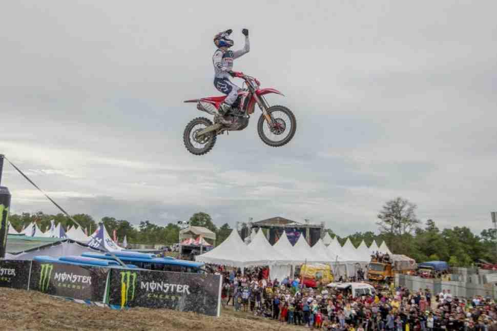 Мотокросс: видео Гран-При Индонезии MXGP, 12 этапа ЧМ