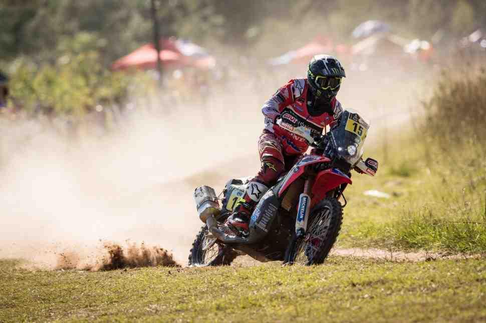 Дакар-2017: противостояние KTM и Honda началось!