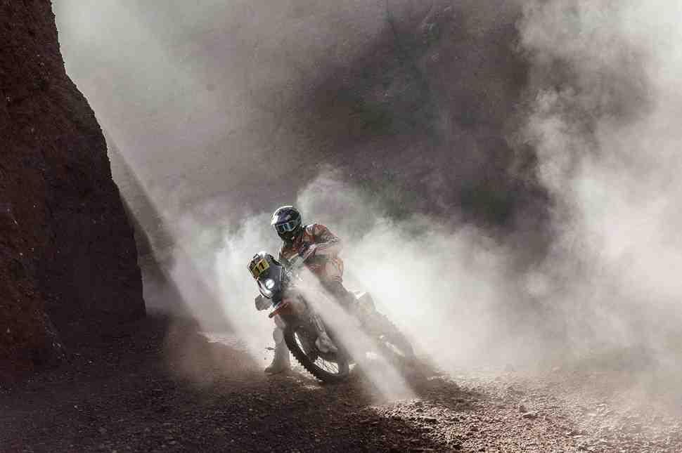 МОТО: Хуан Барреда принес Honda первую победу на Дакар-2017