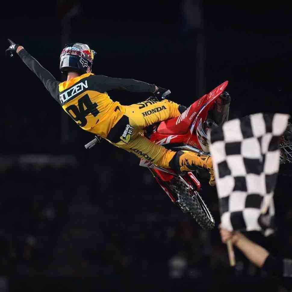 Чемпионат Мира/Ama Supercross: результаты 1 этапа - Anaheim