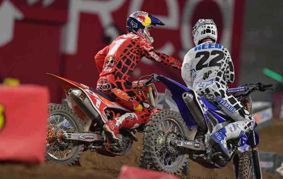 Суперкросс: видео 4-го этапа Чемпионата Мира/AMA - Phoenix