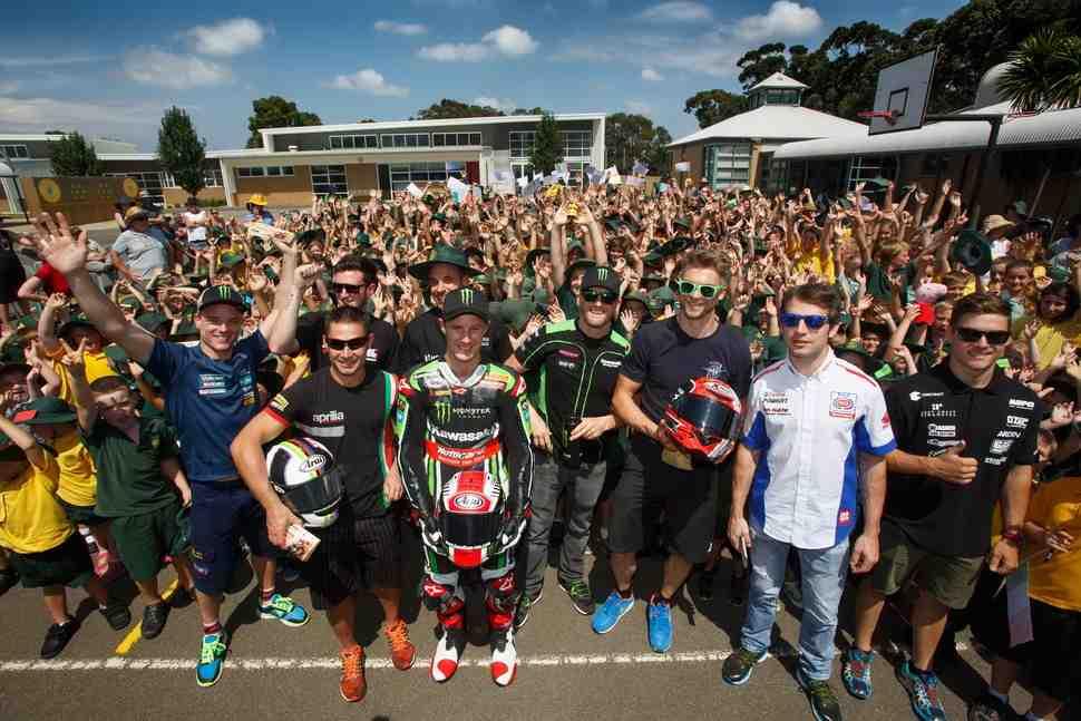 WSBK: Все о World Superbike 2017 - часть 2 - Перестановки в командах