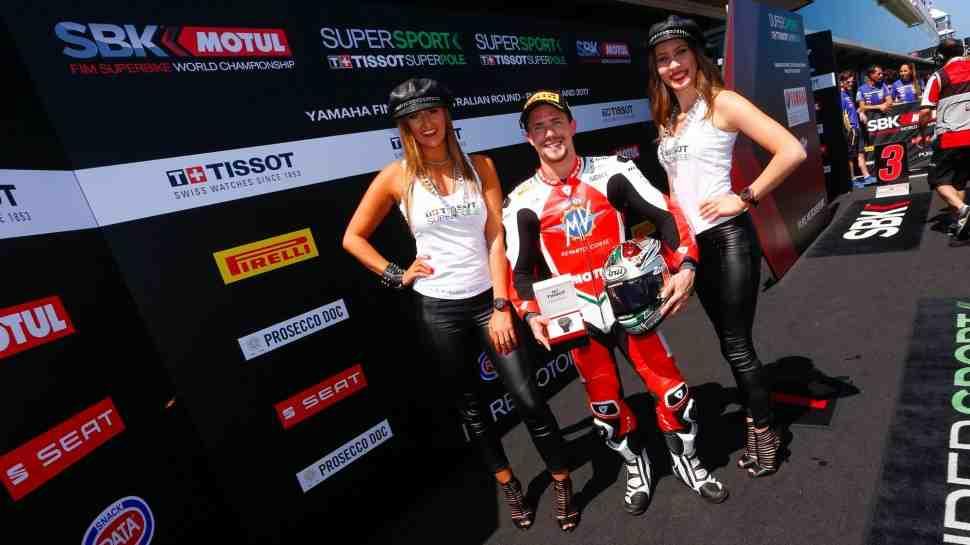 WSS: Четыре разных мотоцикла возглавили стартовую решетку Supersport в Австралии