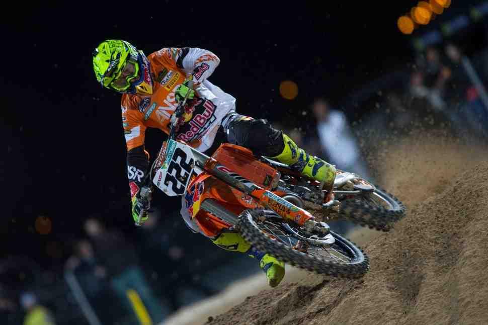 Мотокросс: первый заезд MXGP в Катаре выиграл Кайроли