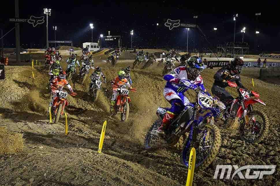 Мотокросс: видео Гран-При Катара MXGP/MX2 - чемпионат мира стартовал