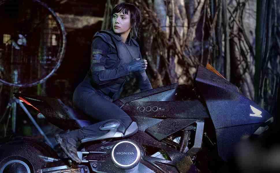 """Honda NM4 стал героем фильма """"Призрак в доспехах"""" со Скарлет Жоанссон"""